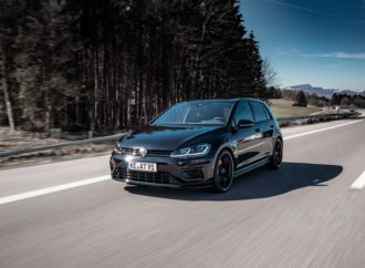 ABT Pushes Golf R to 350 HP / 440 Nm